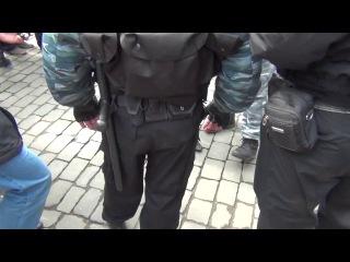 Харьковская Милиция изъяла оружие у боевиков Евромайдана Провокация со стрельбой на пл. Свободы